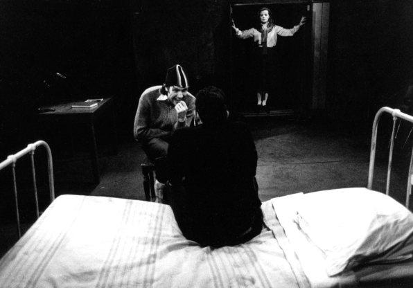 Karen Schroeven, Hugo Metsers III and Koen Gonnissen in Posthumous Confession, Keldertheater Antwerpen